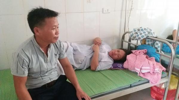 Trẻ sơ sinh tử vong với vết đứt bất thường quanh cổ