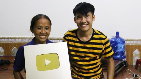 Sự thật về thu nhập 'khủng' của bà Tân Vlog