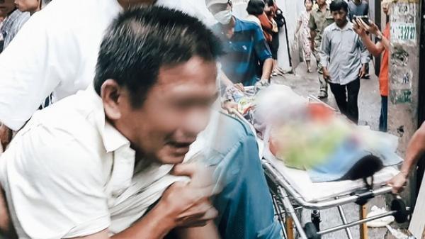 Cha mẹ nữ sinh 19 tuổi khóc cạn nước mắt, ngã quỵ khi quay lại hiện trường nhận thi thể con gái