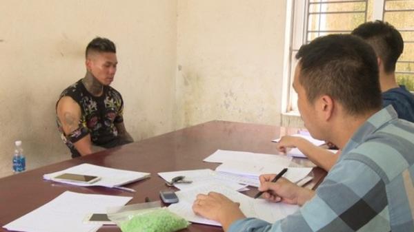 Bắt quả tang đối tượng quê Hải Phòng cùng đồng bọn mang gần 1.000 viên ma túy sang Quảng Ninh để bán cho họ hàng