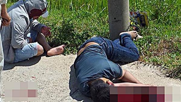 Ăn giỗ về tự tông vào trụ điện, 2 thanh niên đi xe máy thương vong