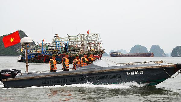 Bão số 3 giật cấp 12 cách Quảng Ninh-Hải Phòng 180km, hơn 300.000 quân ứng trực