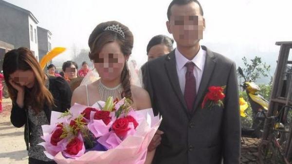 Cuộc hôn nhân dài 14 ngày: Chú rể bỏ người yêu cũ đau đẻ để cưới kẻ thứ 3, ai ngờ, cục diện đảo ngược chỉ vì một tờ giấy xét nghiệm