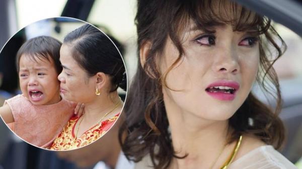 """Em gái khóc nức nở trong ngày chị đi lấy chồng gây bão mạng: """"Chị đi lấy chồng em ngủ với ai?"""""""