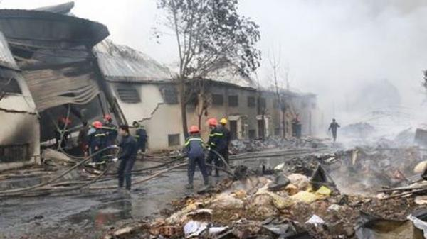 Thanh Hóa: Cháy lớn tại nhà máy bánh kẹo Tràng An