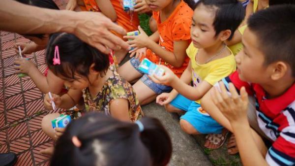 Những cái Tết Thiếu nhi không trọn vẹn tại làng trẻ em mồ côi Thanh Hóa