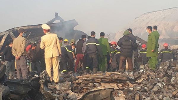 Thanh Hóa: Sau tiếng nổ cực lớn, lửa bao trùm nhà máy khiến 3 công nhân thương vong