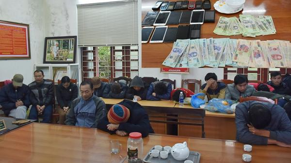 Thanh Hóa: Triệt phá xới bạc 'khủng', tạm giữ 21 người