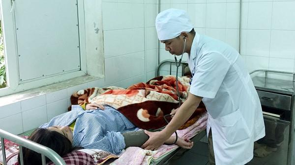 Bệnh nhân người Thanh Hóa nhập viện, người nhà hành hung nhân viên y tế