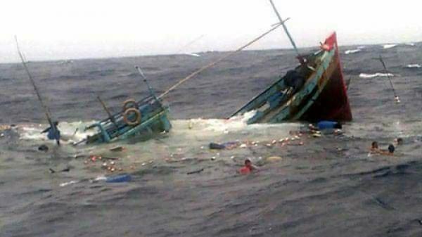 Thanh Hóa: Thêm tàu bị chìm, ngư dân mất tích trên biển tăng lên 11 người