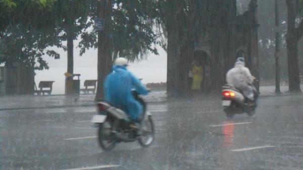 Thời tiết 15/6 và cuối tuần: Mưa dông kéo dài gây ngập lụt và lũ quét