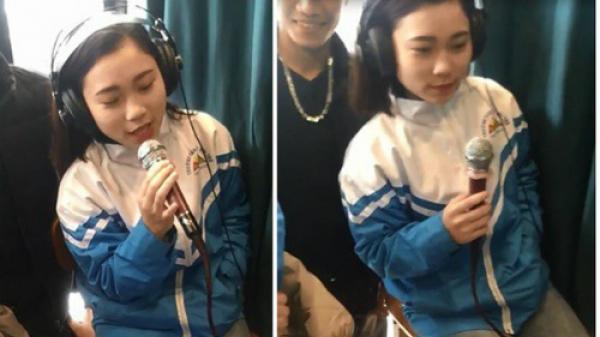 Nữ sinh Thanh Hóa khoe giọng hát khỏe 'đốn tim' cộng đồng mạng