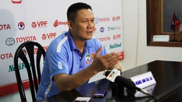 Để thua đậm Thanh Hóa, HLV Hoàng Anh Gia Lai đổ lỗi cho trọng tài