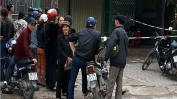 Nóng: Con trai phát hiện bố mẹ chết trong quán gội đầu ở Thanh Hóa