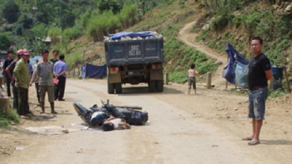 Thanh Hóa: Húc vào đuôi xe tải, một người tử vong tại chỗ
