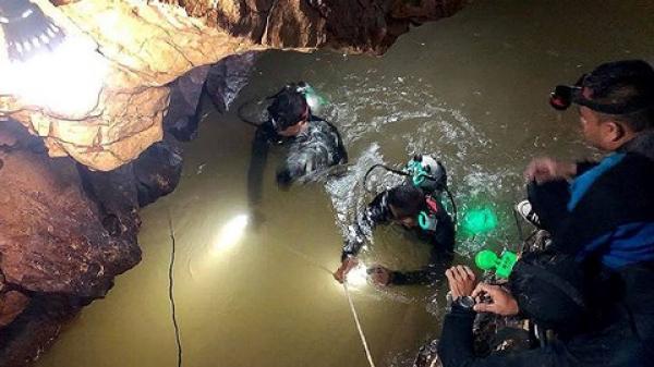 Giải cứu 13 thành viên đội bóng Lợn Hoang mất tích: Đặc nhiệm SEAL của Mỹ đã có mặt