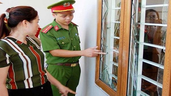 Thanh Hóa: 9X ôm mìn ném vào nhà người khác để trả thù