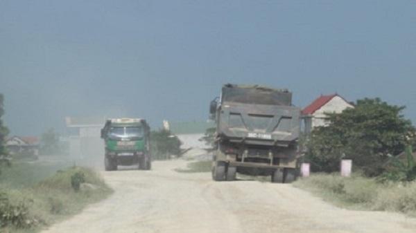 Thọ Xuân (Thanh Hóa): Để xe quá tải 'tung hoành', hàng loạt cán bộ xã bị kỷ luật