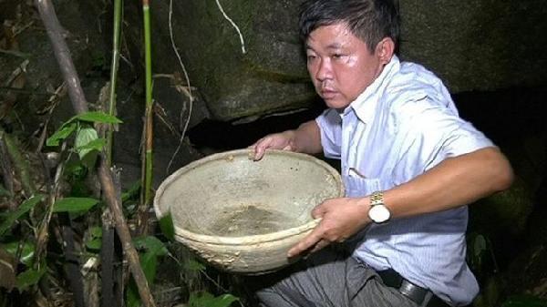 Phát hiện hang nghi cổ vật bí hiểm ở Thanh Hóa