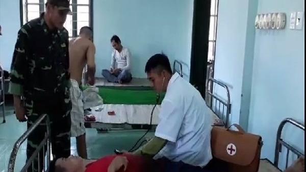 Cứu 9 thuyền viên tàu chở hàng từ cảng Nghi Sơn- Thanh Hóa đến cảng Bình Long - An Giang gặp nạn trên vùng biển Quảng Trị