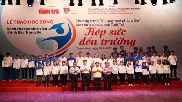 Thanh Hóa: Trao học bổng cho 128 tân sinh viên khó khăn Bắc Trung Bộ