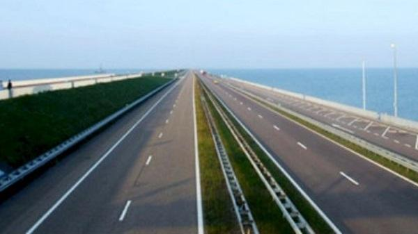 """6 tỉnh phía bắc """"nâng cấp"""" dự án đường ven biển thành cao tốc"""