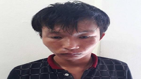 Bắt nam thanh niên táo tợn dí dao vào cổ cướp tài sản