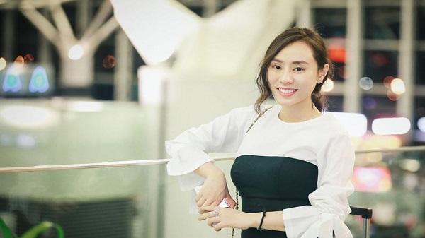 Á hậu Ngô Thùy Linh: Người đẹp gốc Thanh Hoá làm giám khảo thẩm mỹ quốc tế