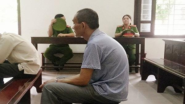 Thanh Hóa: Ghen tuông, xách dao đâm chết vợ cũ