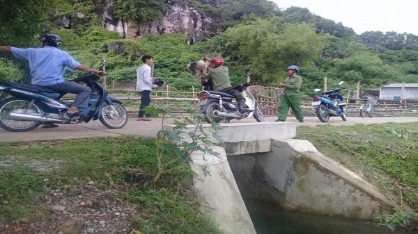 Mới nhất vụ dân lập rào, ngăn du khách vào động Tiên Sơn
