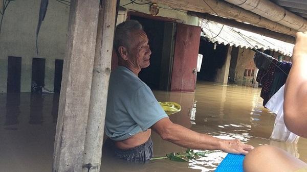 Sầm Sơn (Thanh Hóa): Dân 'bơi' trong nhà mỗi khi mưa lớn