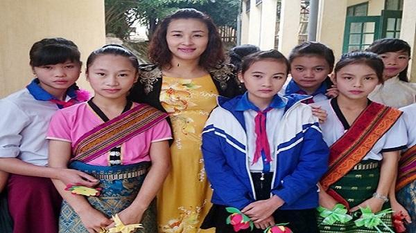 Cô giáo xứ Thanh thắp sáng ước mơ cho học trò vùng cao
