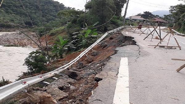 Thanh Hóa: Nhiều tuyến đường hư hỏng nặng chưa được khắc phục