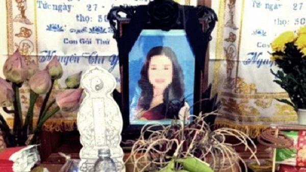 Hờn ghen vô cớ, chồng dùng dao giết vợ dã man ở Thanh Hóa