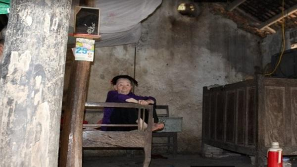 Thanh Hóa: Nghẹn lòng hoàn cảnh của 2 em thơ mồ côi cả cha lẫn mẹ