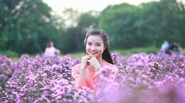 Hot girl hướng dẫn viên du lịch người Thanh Hóa gây sốt cộng đồng mạng bởi giọng quá truyền cảm