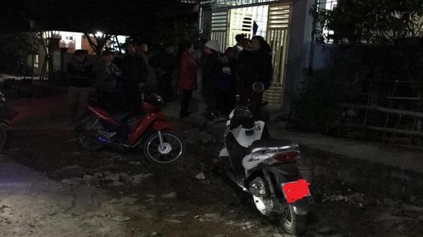 NÓNG: Đôi nam nữ lao vào nhà, khống chế bà nội rồi bế cháu bé 20 ngày tuổi bỏ chạy ở Thanh Hóa