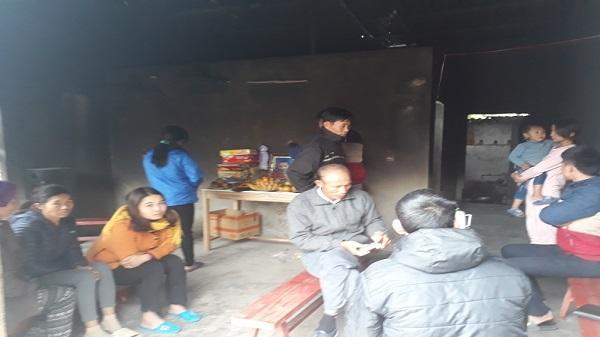 Vụ bé 4 tuổi bị chết cháy ở Thanh Hóa: 'Chúng tôi mới mất 2 đứa con, giờ lại phải tiễn biệt thêm đứa nữa, sao mà chịu nổi'
