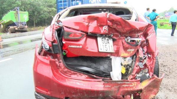 Đồng Nai: Va chạm liên hoàn, ô tô 4 chỗ hư hỏng nặng