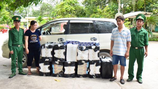 Long An: Đồn Biên phòng Cửa khẩu Mỹ Quý Tây bắt đối tượng vận chuyển 7.500 gói thuốc lá lậu