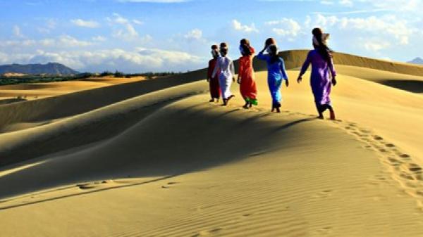 Ngỡ ngàng vẻ đẹp tiểu sa mạc Nam Cương tại Ninh Thuận