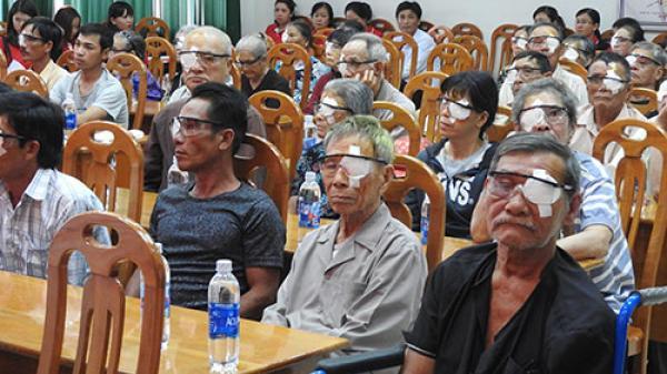 Bình Thuận: Đem ánh sáng cho hơn 300 bệnh nhân nghèo