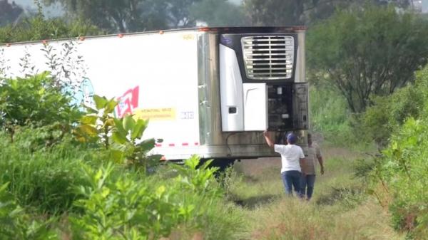 Mexico: Bàng hoàng phát hiện xe container chứa 157 t.hi thể đang phân hủy, bốc mùi kinh khủng