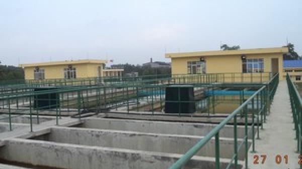 Hàng trăm hộ dân Phú Yên sống gần trạm cấp nước vẫn thiếu nước sinh hoạt