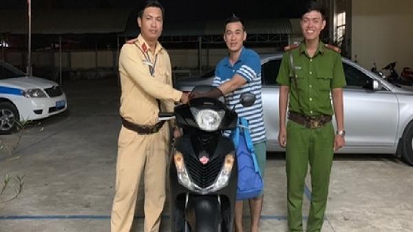Người đàn ông quê Tiền Giang cảm ơn CSGT đã tìm lại SH bị mất trộm
