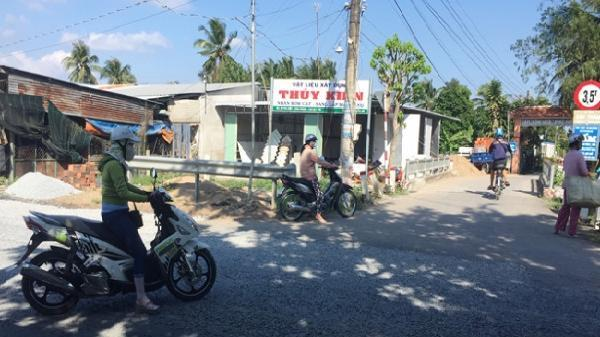 Tiền Giang: Đình chỉ công tác cán bộ Cảng vụ dọa mang quan tài đến trụ sở UBND xã