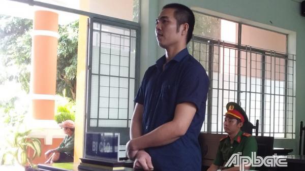 5 năm tù cho chủ quán trà sữa hiếp dâm nhân viên