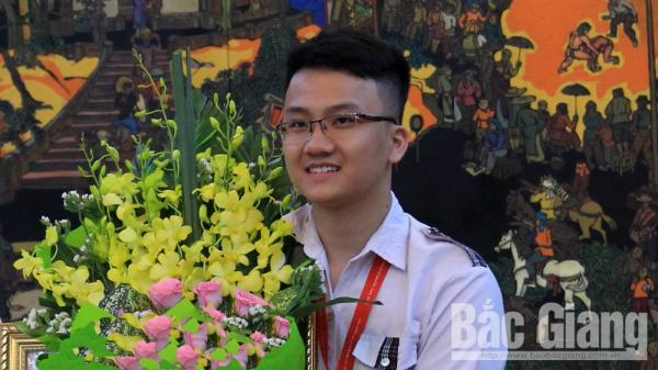 Trịnh Duy Hiếu - học sinh duy nhất ở Bắc Giang được miễn thi THPT quốc gia và tuyển sinh đại học năm 2019