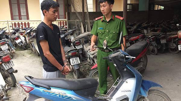 Hưng Yên: Điều xe ôm GrabBike đi lòng vòng 9 tiếng để c ướp xe