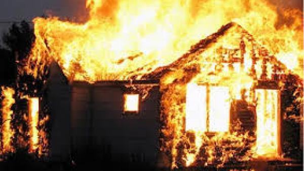 Xảy ra cháy nhà trong đêm tại Yên Mỹ, Hưng Yên